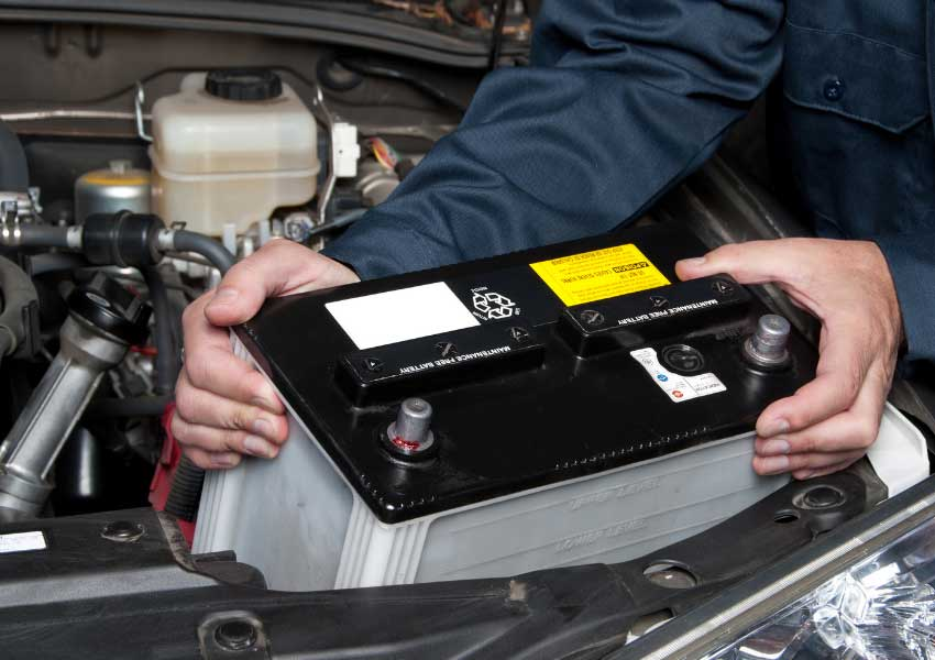 mechanic in fort collins replacing battery